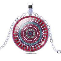 Мандала Безкрайност – медальон с ръчно изработена мандала